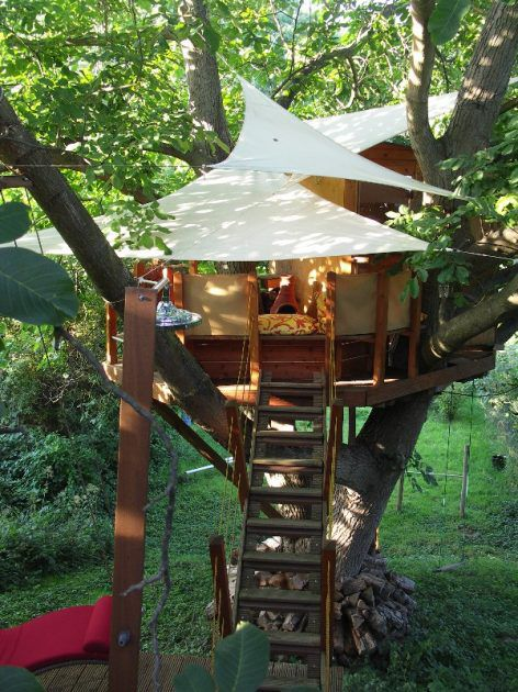 DIY Tent Roof Treehouse For Kids
