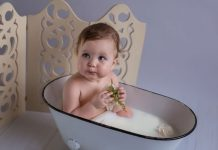 Best Baby Milk Bath Photo Ideas and Tips