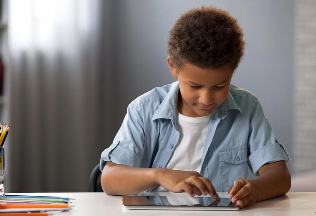child learning from app