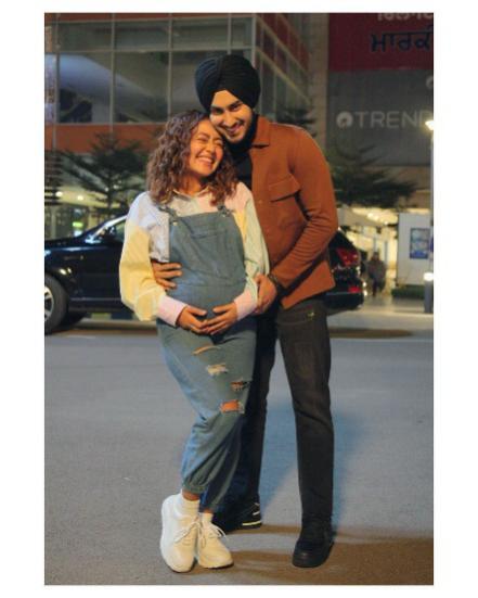 Neha Kakkar and Rohanpreet Singh.