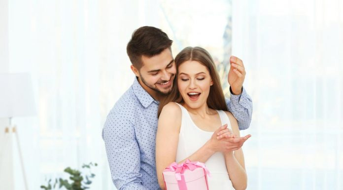Beautiful Birthday Poems to Surprise Your Wife