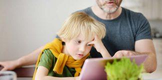 parent pressurising kid for online classes