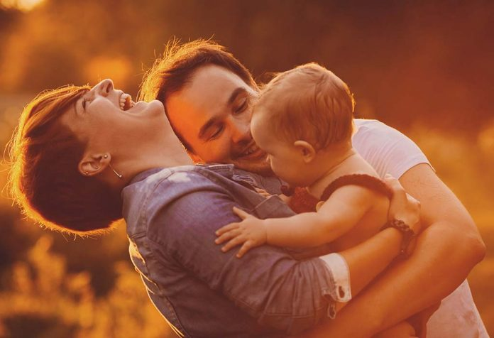 Tips to Keep Your Marriage Strong and Healthy After Childbirth
