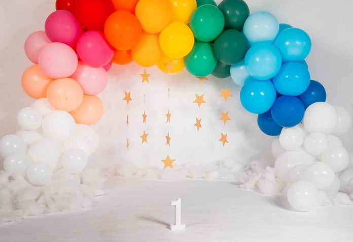 How to Make a Balloon Arch at Home for Your Kid's Party