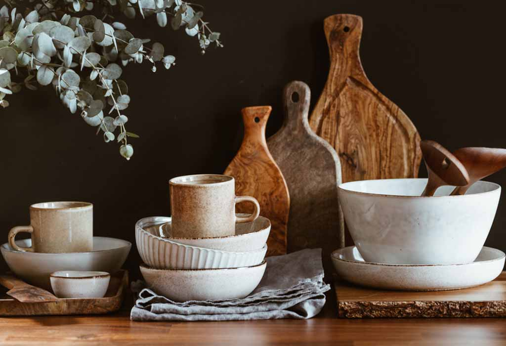 EARTHENWARE ACCENTS