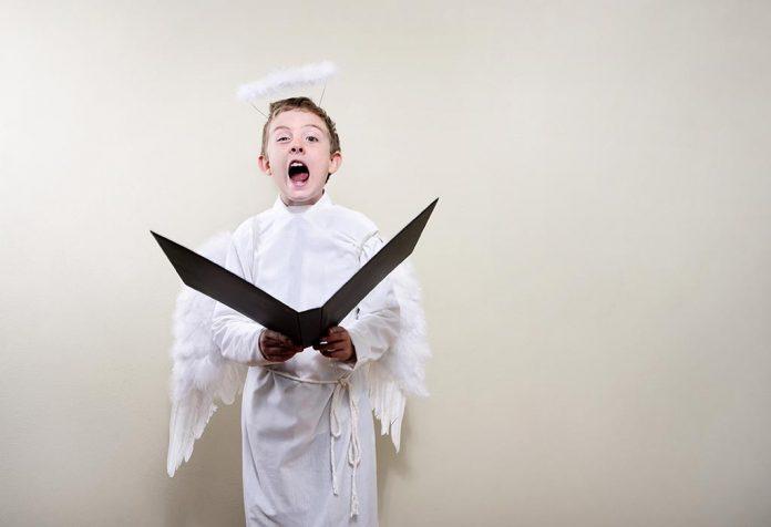 20 GORGEOUS DIY ANGEL COSTUME IDEAS FOR HALLOWEEN