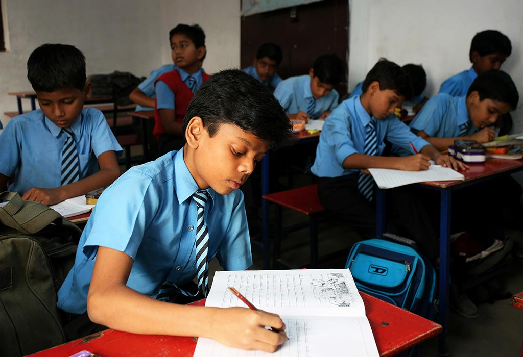 भारतातील विविध शिक्षण मंडळे - सीबीएससी, आयसीएससी, आय.बी. आणि राज्य शिक्षण मंडळ