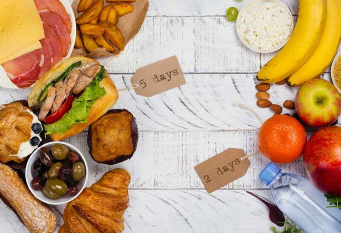 WHAT IS THE 5:2 DIET AND HOW IT HELPS IN LOSING WEIGHT