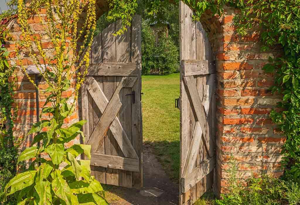 Vintage Gate Ideas