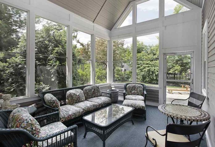 Amazing and Relaxing Screen Porch Ideas for Your Home