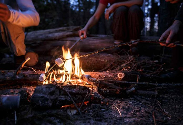 DELICIOUS CAMPFIRE DESSERTS TO SWEETEN YOUR CAMPSITE EXPERIENCE