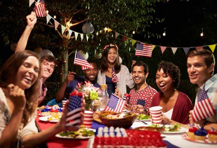 20 Amazing Patriotic Fourth of July Decoration Ideas