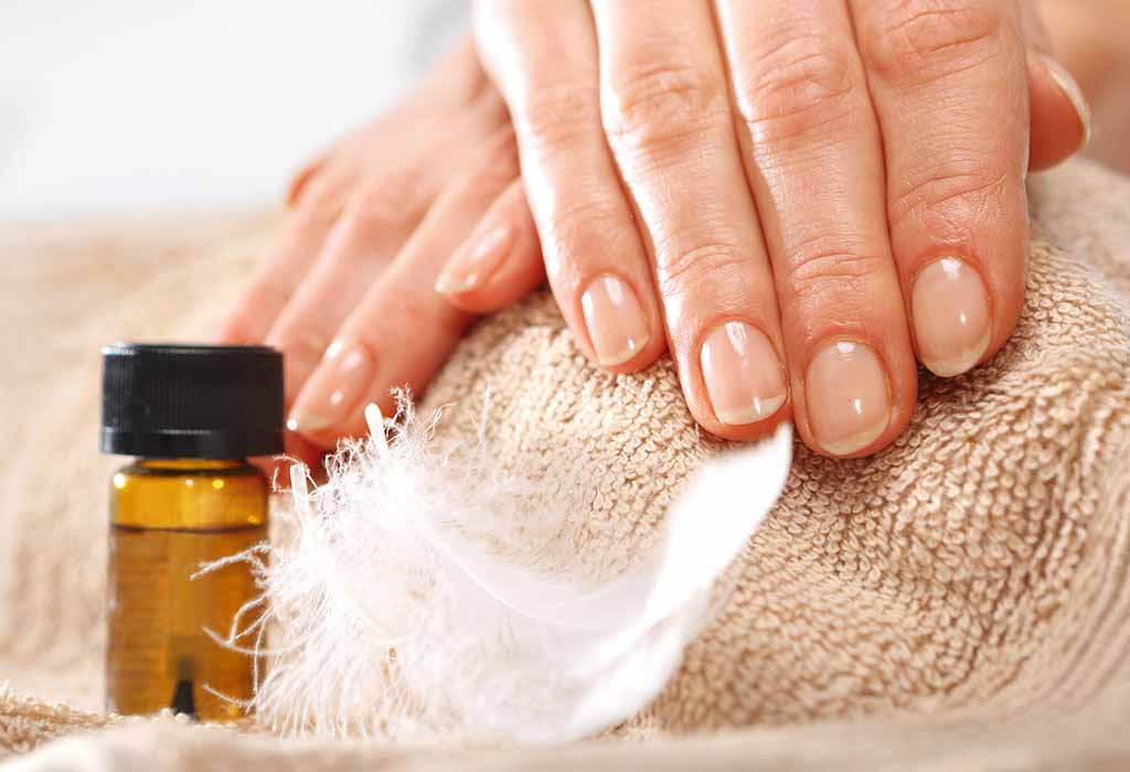 TIPS TO CARE FOR AFTER REMOVING ACRYLIC NAILS