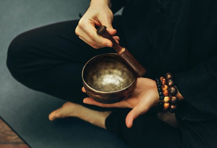 How Do Singing Bowls Help You Keep Relaxed?