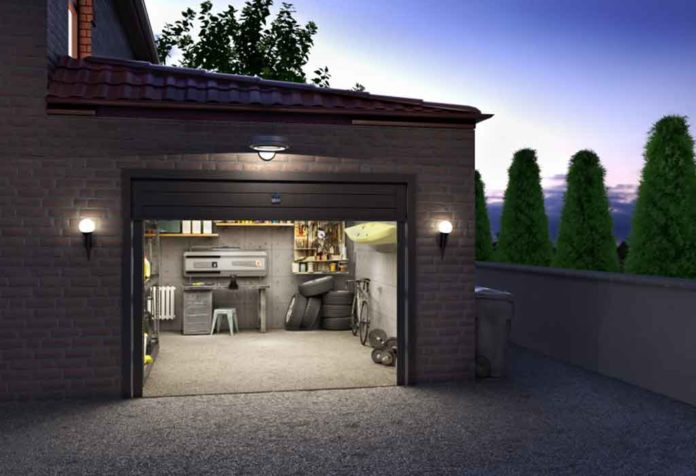 CREATIVE AND CLEVER GARAGE STORAGE AND ORGANIZATION IDEAS