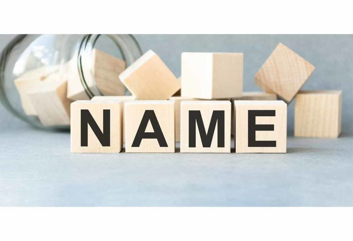 140 Rich Last Names or Surnames With Meanings