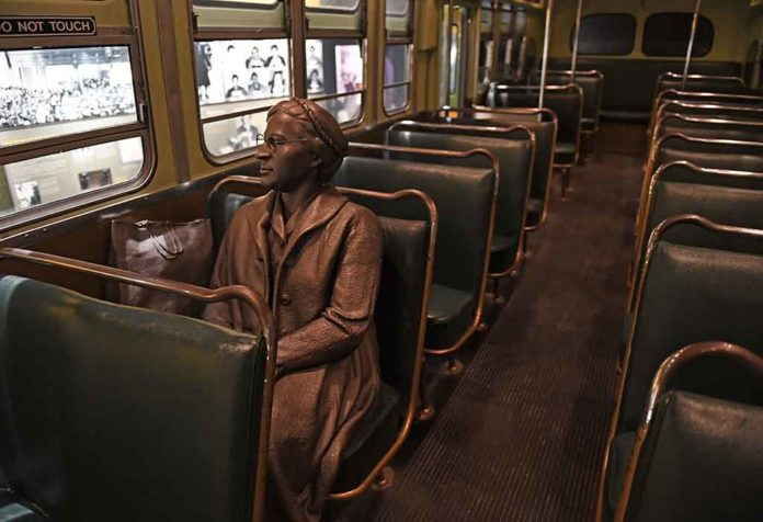 Facts and Information About Rosa Parks for Kids